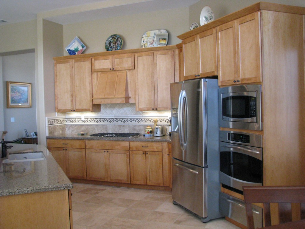 Kitchen Remodeling | Dutton Kitchen & Bath Vacaville ... on Backsplash Maple Cabinets With Black Countertops  id=40923